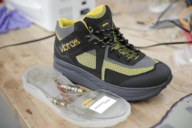 Smartphone Battery Problems May Be Solved With Power-Generating Shoes